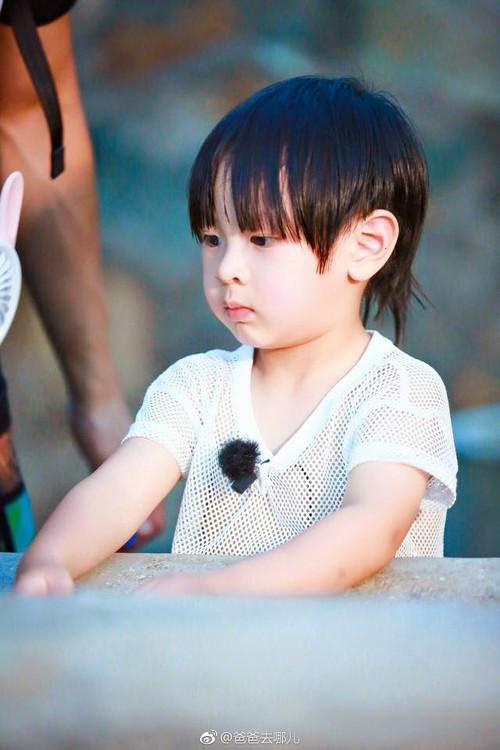 Hé lộ hình ảnh của 2 cục cưng siêu cấp dễ thương nhà Ngô Tôn dự báo sẽ gây bão mạng xã hội - Ảnh 5.