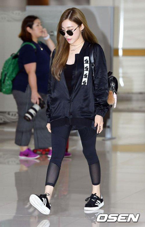 Cuộc chiến nhan sắc sân bay: SNSD có đủ sức đánh bại được chân dài đình đám Seolhyun (AOA)? - Ảnh 9.