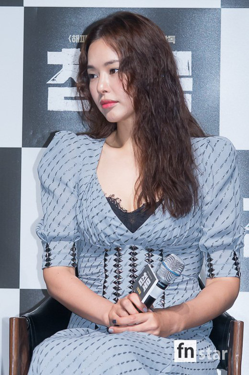 Đẳng cấp Hoa hậu Hàn đẹp nhất thế giới: U40 vẫn quá gợi cảm, đánh bật cả Park Shin Hye kém 7 tuổi - Ảnh 4.