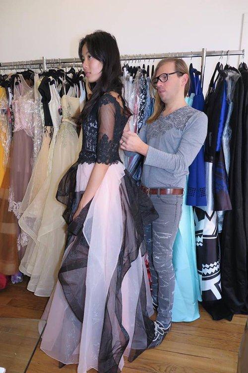 Chân dài kín tiếng này chính là mẫu Việt mở hàng cho Paris Fashion Week - Ảnh 8.
