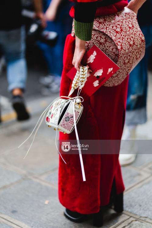 Nếu nghĩ street style tại Paris Fashion Week chỉ là cuộc chiến váy áo thì bạn nhầm to rồi - Ảnh 23.