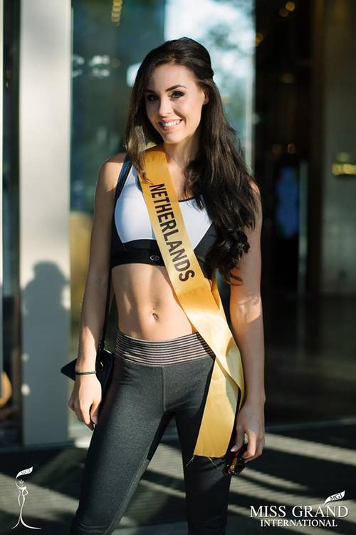 Thí sinh Miss Grand Internationnal 2017 lộ thân hình kém săn chắc - Ảnh 5.