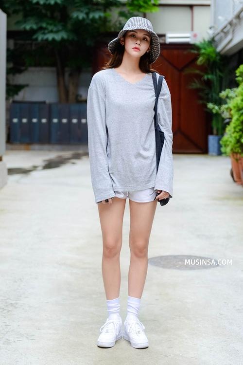 Ngắm street style Hàn Quốc đẹp phát mê, bạn sẽ dạt dào động lực mặc đẹp ngay! - Ảnh 3.