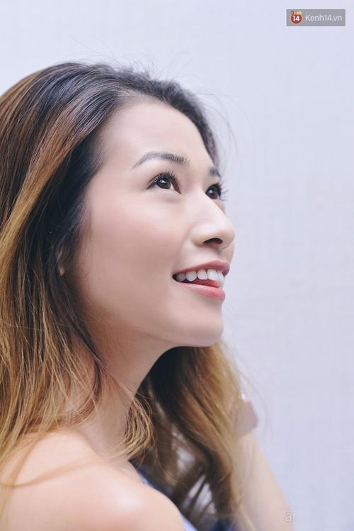 Clip: Cùng blogger Phương Ly khám phá các công dụng và cách dùng mascara thật chuẩn - Ảnh 10.