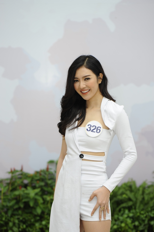 Nhan sắc 10 người đẹp đầu tiên lọt vào Bán kết Hoa hậu Hoàn vũ Việt Nam 2017 - Ảnh 2.