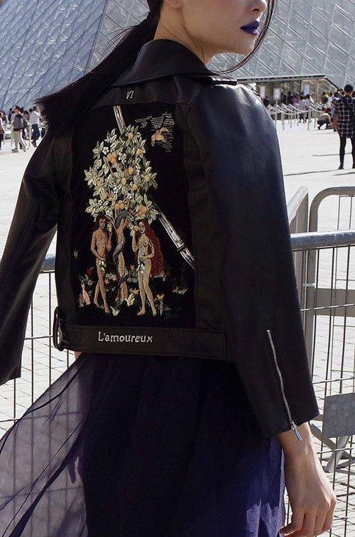 Diện trang phục của NTK Việt, street style của Thùy Trang vẫn lên thẳng Vogue Ý - Ảnh 7.