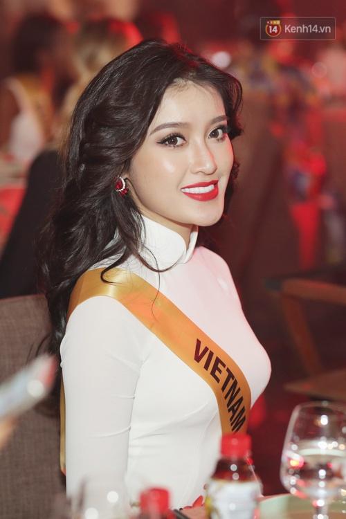 Á hậu Huyền My diện áo dài trắng đọ sắc cùng dàn người đẹp Miss Grand International - Ảnh 1.