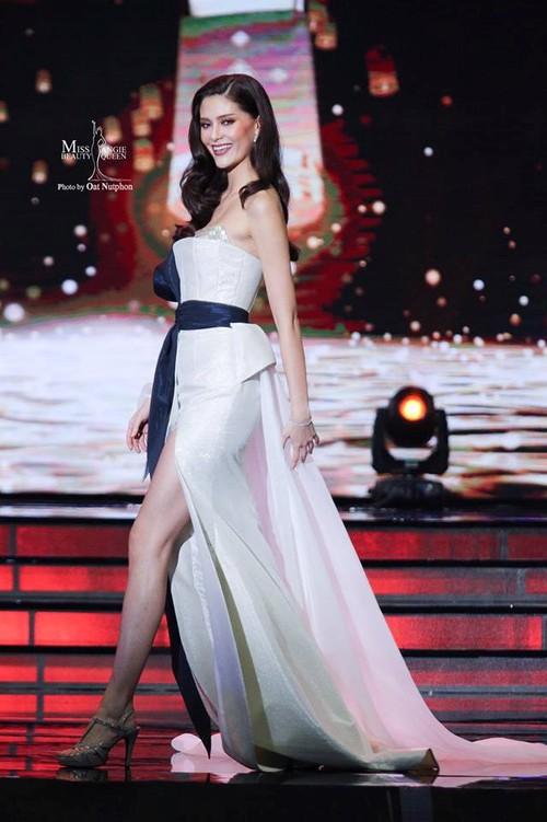 Tân Hoa hậu Hoàn vũ Thái Lan trổ tài hát tiếng Việt trôi chảy bất ngờ - Ảnh 4.