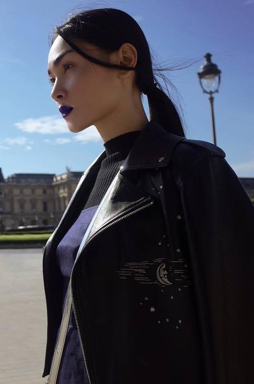 Diện trang phục của NTK Việt, street style của Thùy Trang vẫn lên thẳng Vogue Ý - Ảnh 8.