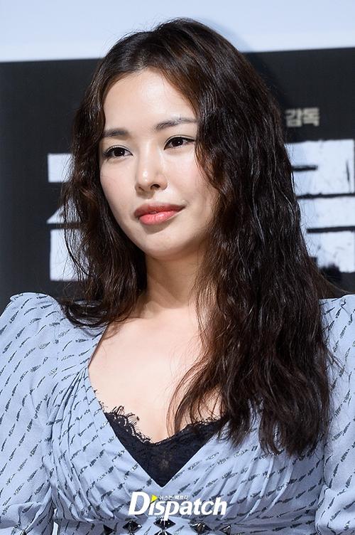 Đẳng cấp Hoa hậu Hàn đẹp nhất thế giới: U40 vẫn quá gợi cảm, đánh bật cả Park Shin Hye kém 7 tuổi - Ảnh 6.