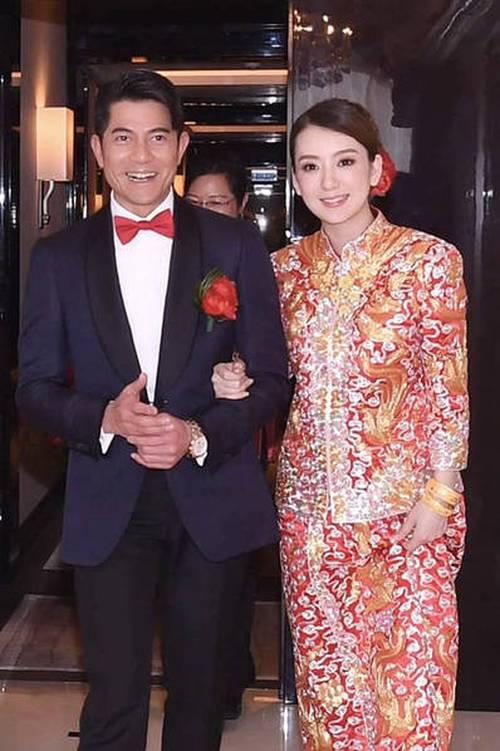 Vợ hotgirl mang bầu quý tử, Quách Phú Thành thưởng nóng bà xã 3 tỷ đồng - Ảnh 1.