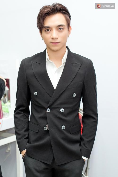 Hoài Lâm cùng bạn gái bất ngờ xuất hiện tại buổi ghi hình Chung kết 1 The Voice - Ảnh 11.