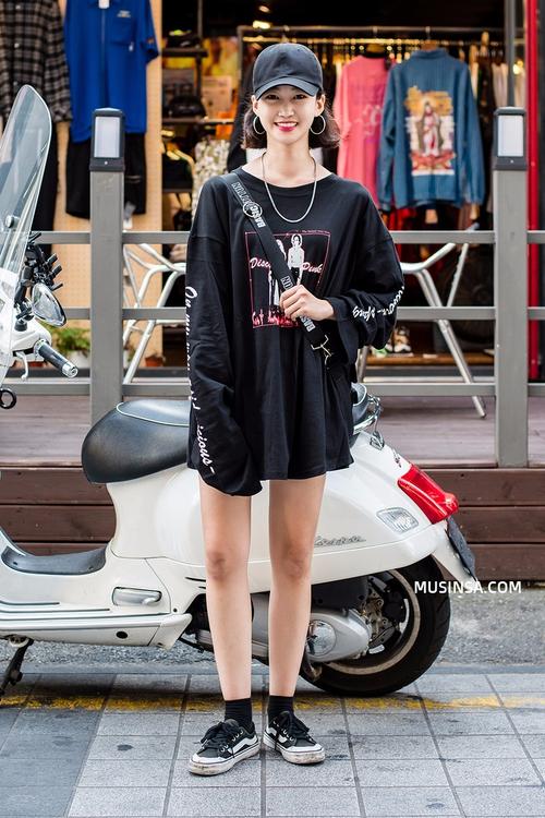 Giới trẻ Hàn lại mang đến cả tá gợi ý mặc đẹp mà chẳng cần cầu kỳ qua street style mãn nhãn - Ảnh 8.