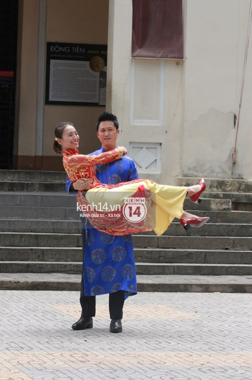 Amazing Race Trung Quốc tại Việt Nam: Vương Lệ Khôn - Trịnh Nguyên Sướng mặc áo dài, kiệt sức dưới trời nắng - Ảnh 8.