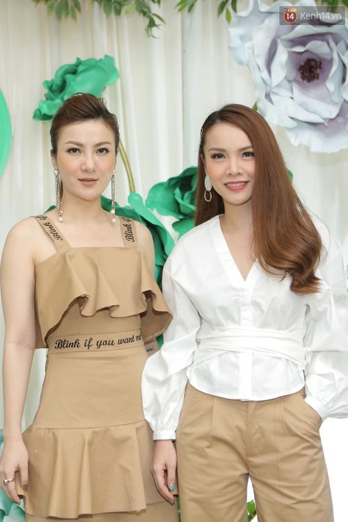 Hồ Ngọc Hà giản dị nhưng vẫn kiêu sa, vui vẻ hội ngộ Noo Phước Thịnh cùng dàn sao Việt tại sự kiện - Ảnh 5.