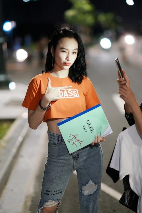 Angela Phương Trinh diện 176 bộ trang phục khác nhau trong Glee Việt - Ảnh 7.