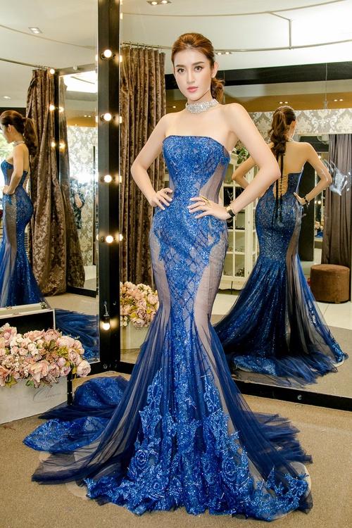 Huyền My xinh đẹp, lộng lẫy như công chúa trong buổi thử váy dạ hội, áo dài cho Miss Grand Internation 2017 - Ảnh 7.