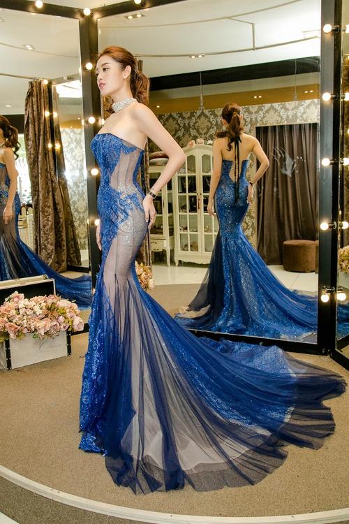 Huyền My xinh đẹp, lộng lẫy như công chúa trong buổi thử váy dạ hội, áo dài cho Miss Grand Internation 2017 - Ảnh 8.