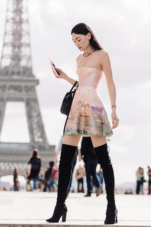 Diện trang phục của NTK Việt, street style của Thùy Trang vẫn lên thẳng Vogue Ý - Ảnh 9.