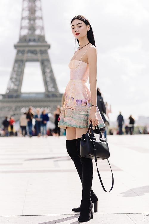 Diện trang phục của NTK Việt, street style của Thùy Trang vẫn lên thẳng Vogue Ý - Ảnh 12.