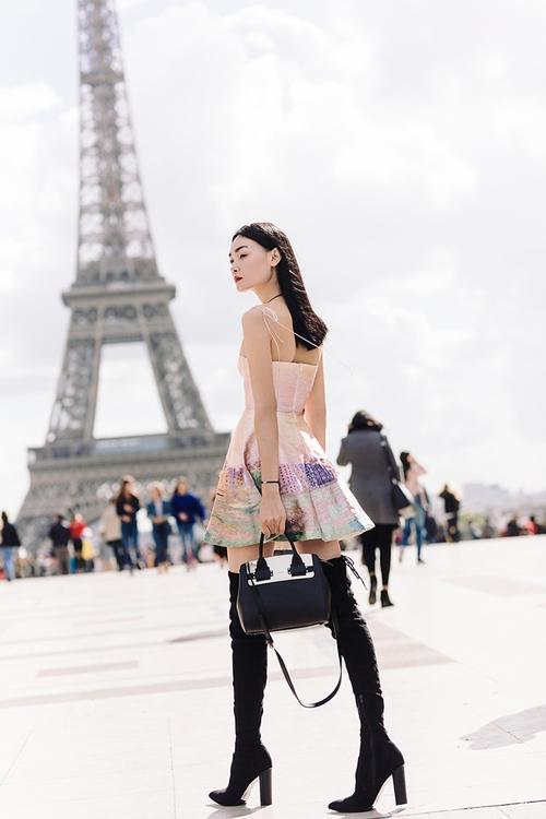 Diện trang phục của NTK Việt, street style của Thùy Trang vẫn lên thẳng Vogue Ý - Ảnh 13.