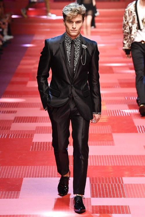 Sàn diễn Dolce&Gabbana thành Đại hội mỹ nam, nổi nhất là Mario Maurer và Vương Tuấn Khải! - Ảnh 8.
