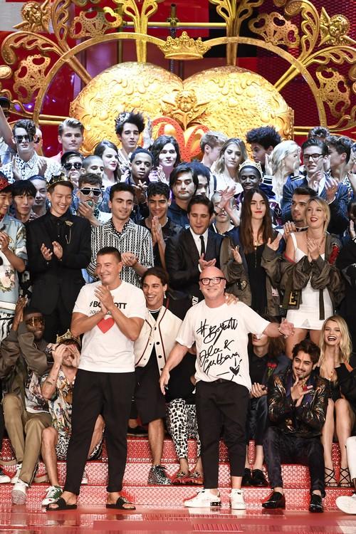 Sàn diễn Dolce&Gabbana thành Đại hội mỹ nam, nổi nhất là Mario Maurer và Vương Tuấn Khải! - Ảnh 18.