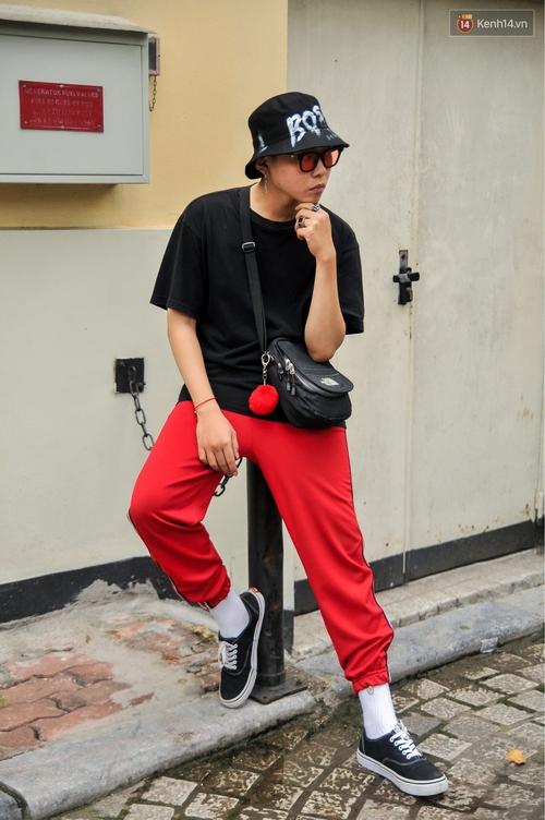 Không còn lậm đen trắng, street style của giới trẻ Việt tuần qua bỗng màu mè và chói lọi hơn bao giờ hết - Ảnh 11.