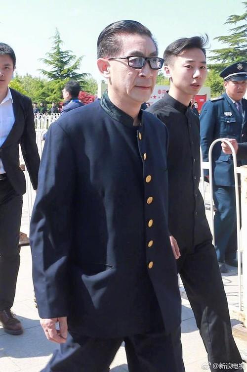 Tôn Ngộ Không, Trư Bát Giới cùng dàn sao Tây Du Ký ngậm ngùi trong tang lễ đạo diễn Dương Khiết - Ảnh 1.