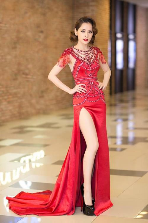 Hari Won mặc lại đầm đỏ quyến rũ mà Chi Pu diện từ nửa năm trước, ai đẹp hơn? - Ảnh 4.