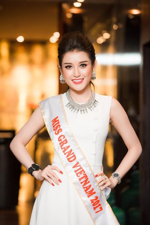 """Loạt người đẹp chia sẻ kinh nghiệm và đặt kì vọng vào Huyền My tại """"Miss Grand International 2017"""""""