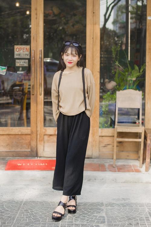 Diện đồ đơn giản mà vẫn hút mắt, giới trẻ Việt mix đồ ngày càng lên tay - Ảnh 4.