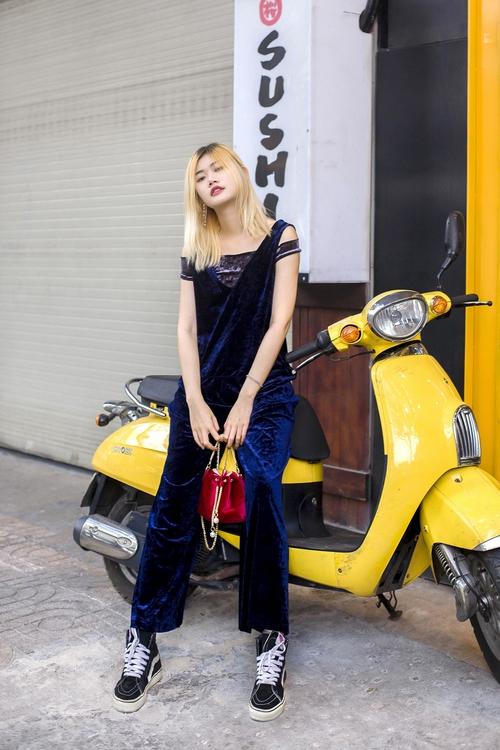 Diện đồ đơn giản mà vẫn hút mắt, giới trẻ Việt mix đồ ngày càng lên tay - Ảnh 7.