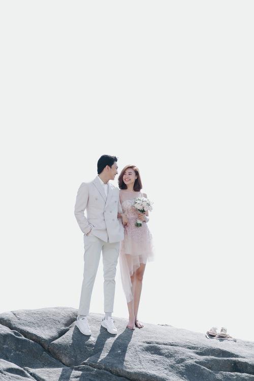Lan Ngọc được B Trần cầu hôn trên biển trong teaser mới của Mối tình đầu của tôi - Ảnh 8.