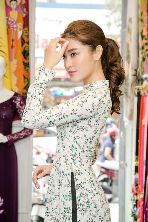 Huyền My xinh đẹp, lộng lẫy như công chúa trong buổi thử váy dạ hội, áo dài cho Miss Grand Internation 2017 - Ảnh 10.
