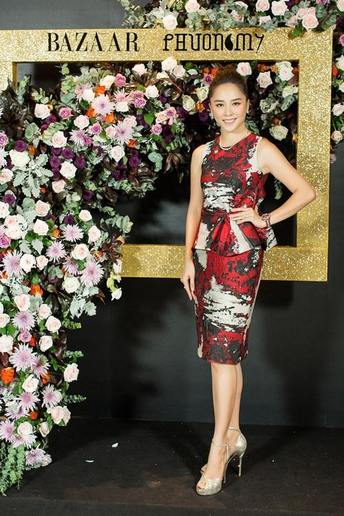Hoàng Ku môi hồng chẳng kém các nàng Hậu, Kim Lý lịch lãm điển trai tại show diễn NTK Phương My - Ảnh 4.