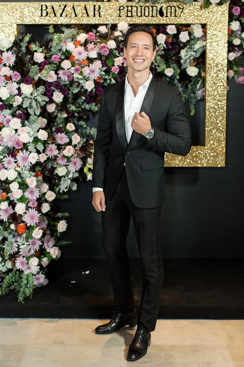 Hoàng Ku môi hồng chẳng kém các nàng Hậu, Kim Lý lịch lãm điển trai tại show diễn NTK Phương My - Ảnh 3.