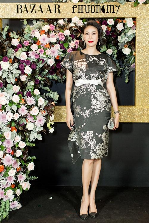 Hoàng Ku môi hồng chẳng kém các nàng Hậu, Kim Lý lịch lãm điển trai tại show diễn NTK Phương My - Ảnh 7.