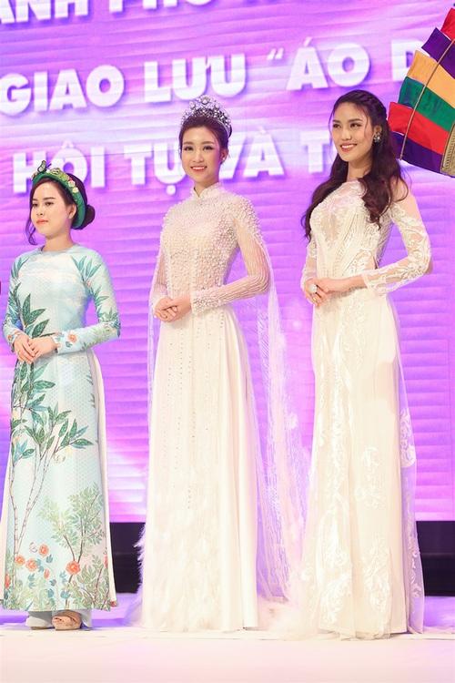 Nếu định mặc bộ áo dài này đi thi Miss World thì Đỗ Mỹ Linh sai quá rồi - Ảnh 2.