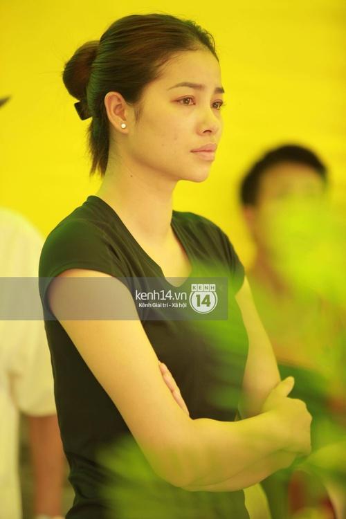 Hoa hậu Phạm Hương tiều tuỵ trông thấy khi lo hậu sự cho bố- Ảnh 7.