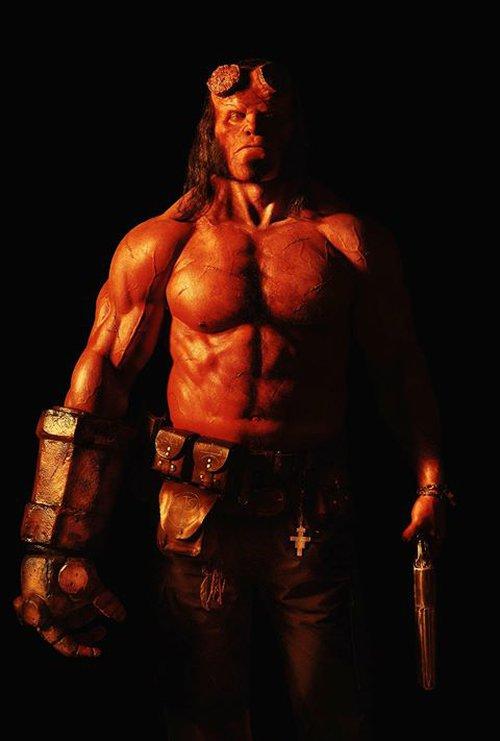 Người hâm mộ Hellboy phấn khích tột độ với tạo hình mới Quỷ đỏ - Ảnh 2.