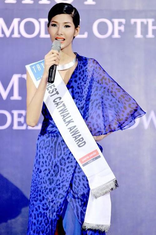Đạt giải catwalk cũng không thể giúp Hoàng Thùy chiến thắng thử thách trong Tôi là Hoa hậu Hoàn vũ VN - Ảnh 5.