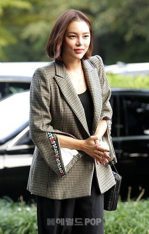 Đám cưới siêu khủng của diễn viên Vườn sao băng: Hội bạn thân tài tử, mỹ nhân hội tụ, thiếu Song Joong Ki - Ảnh 12.