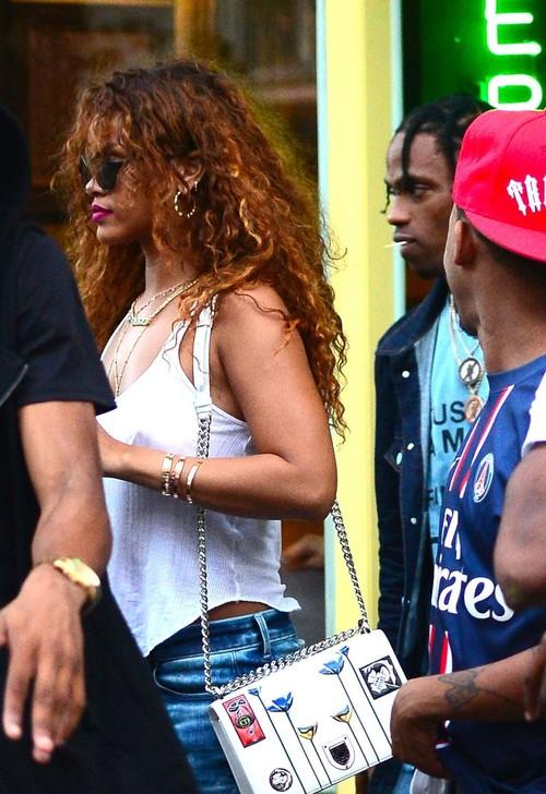 Những bí mật về rapper làm Kylie Jenner có thai: Là bạn trai cũ của Rihanna, sinh viên đại học danh tiếng - Ảnh 3.
