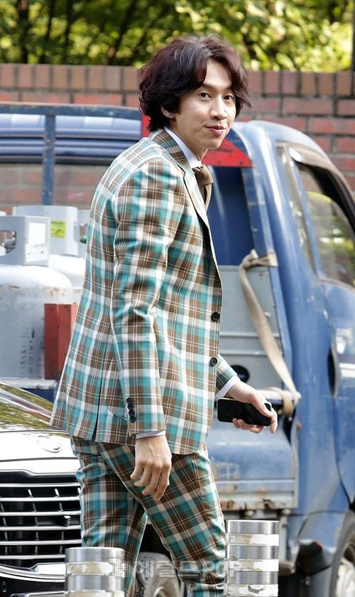 Đám cưới siêu khủng của diễn viên Vườn sao băng: Hội bạn thân tài tử, mỹ nhân hội tụ, thiếu Song Joong Ki - Ảnh 3.