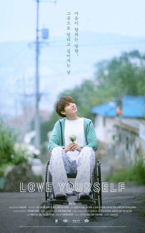 Jin cầm loài hoa không tồn tại trong ảnh nhá hàng mới của BTS - Ảnh 7.