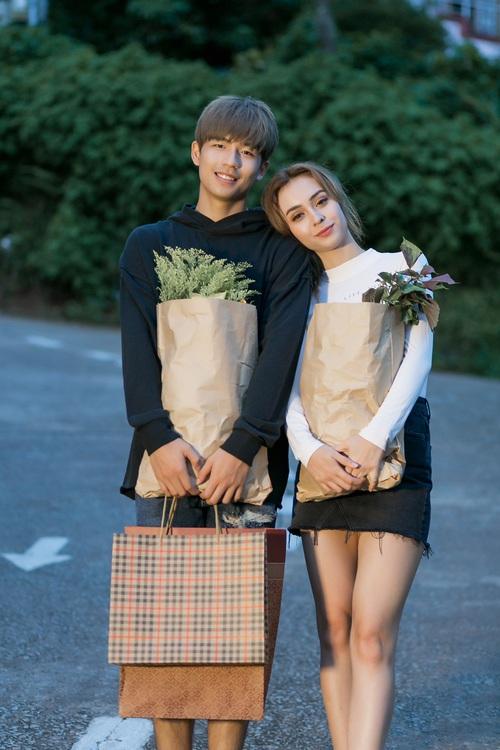 Hôn nhau thế này trong MV, hỏi sao MLee không bị nghi ngờ hẹn hò với bạn diễn điển trai - Ảnh 7.