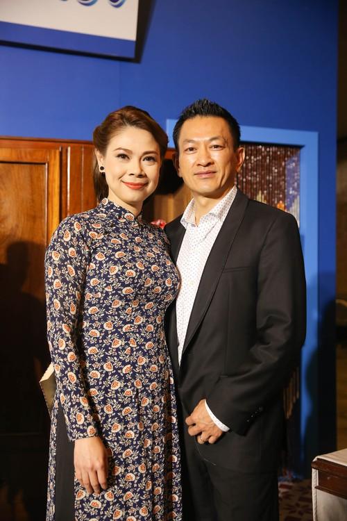 Dàn sao Việt diện trang phục cổ điển đi xem đêm nhạc Bolero của Đàm Vĩnh Hưng - Ảnh 1.