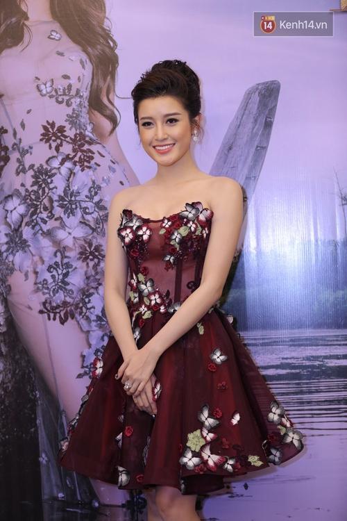 Hoa hậu Mỹ Linh đẹp dịu dàng, Tú Anh dừ bất ngờ, Mai Phương Thúy tái xuất trên thảm đỏ show Hoàng Hải - Ảnh 6.