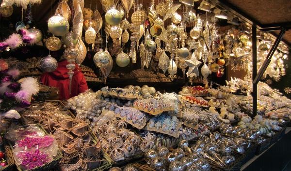 Những khu chợ Giáng sinh lộng lẫy cho du học sinh ở châu Âu - Ảnh 5.